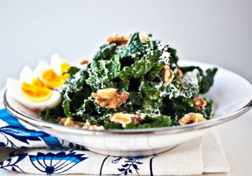 Recipe of the Week:  Spinach Salad with Boiled Egg and Walnuts